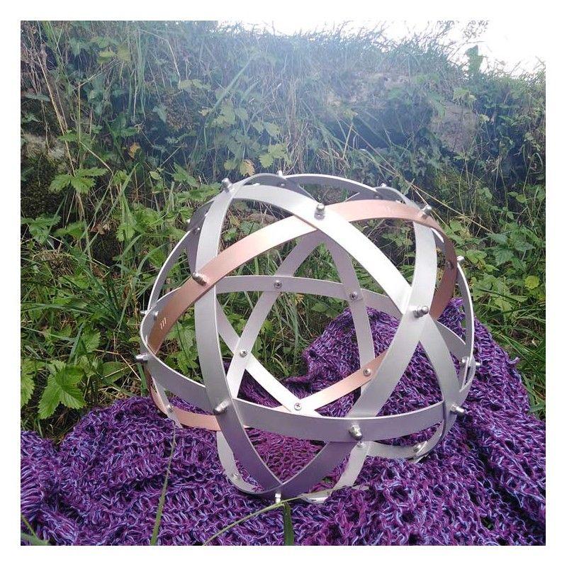 Genesa Pentasfera Elementa in alluminio con equarore in rame diametro 31 cm